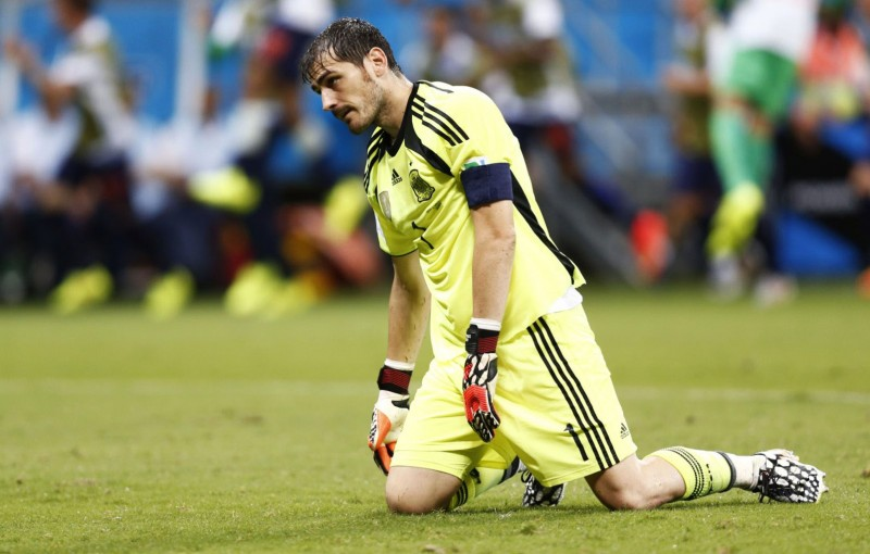 Iker Casillas nightmare performance, in Spain 1-5 Netherlands, in the World Cup 2014