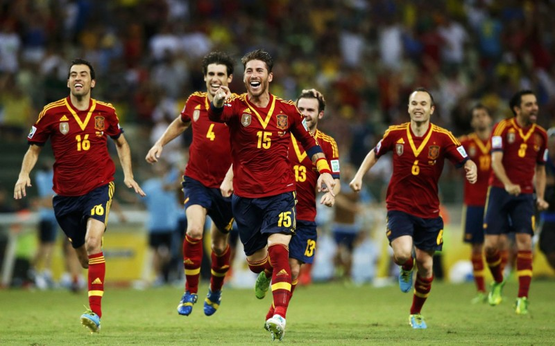 Spanish players celebrating winning the World Cup in 2010