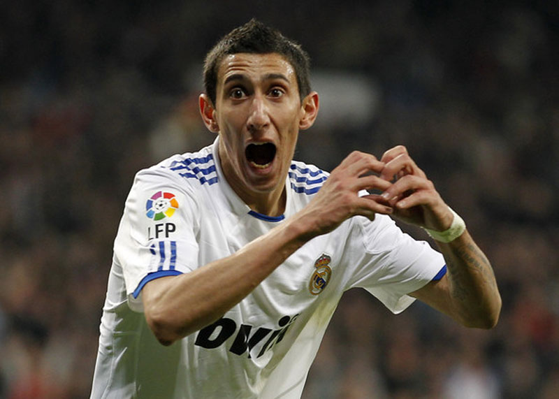 Angel Di Maria heart gesture with his hands