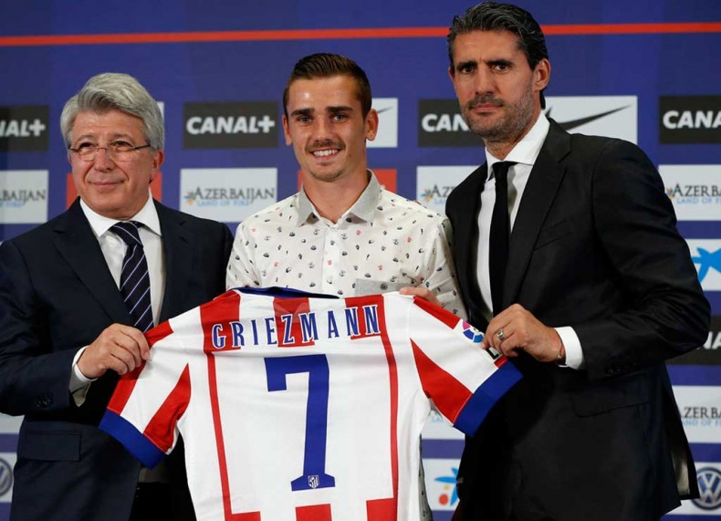 Antoine Griezmann presented in Atletico Madrid with his jersey number 7