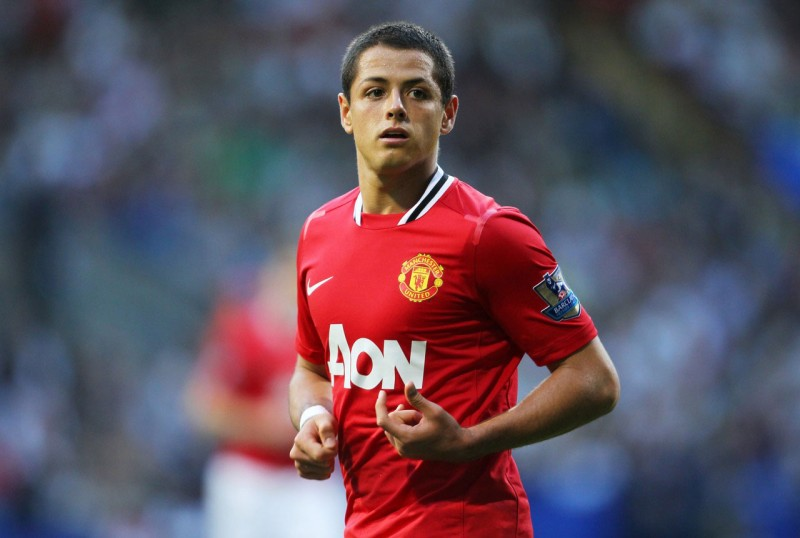 Javier Hernández in a Manchester United wallpaper