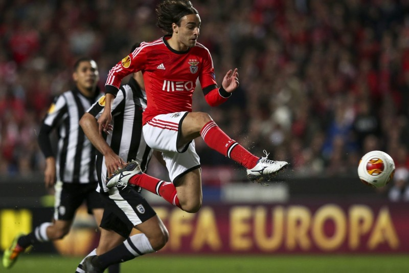 Lazar Markovic scoring a goal for SL Benfica, in 2013-2014