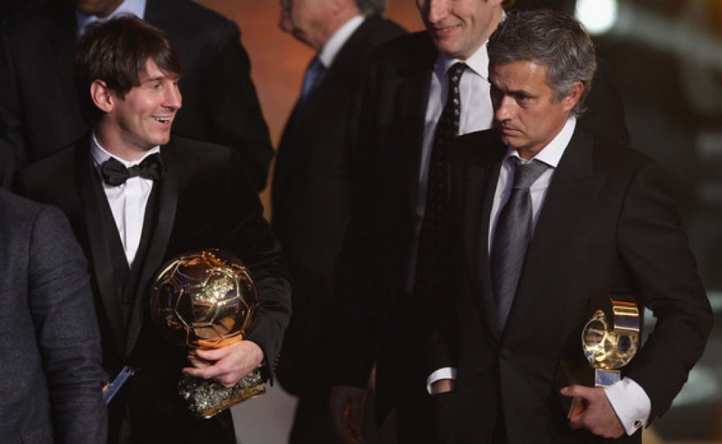 Lionel Messi next to José Mourinho in the FIFA Ballon d'Or gala