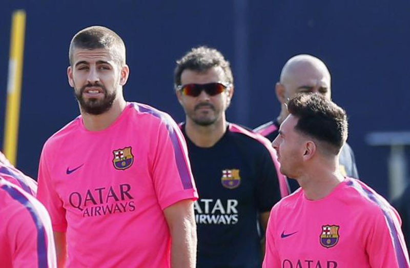 Gerard Piqué reaction after seeing Messi's new haircut