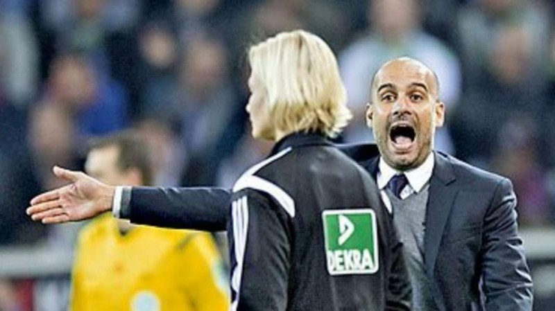 Pep Guardiola yelling at the fourth referee in Germany