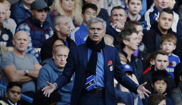 José Mourinho in a Chelsea game