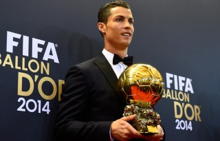Cristiano Ronaldo holding the 2014 FIFA Ballon d'Or trophy