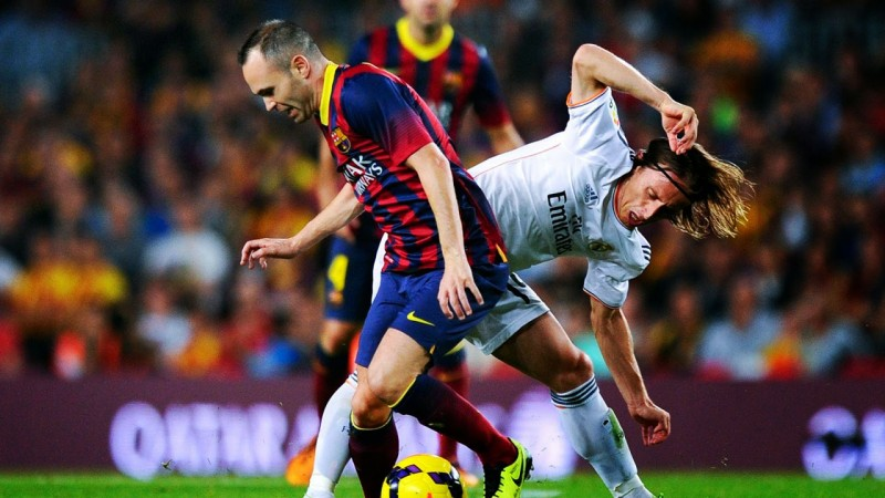 Iniesta vs Modric, in Barcelona vs Real Madrid