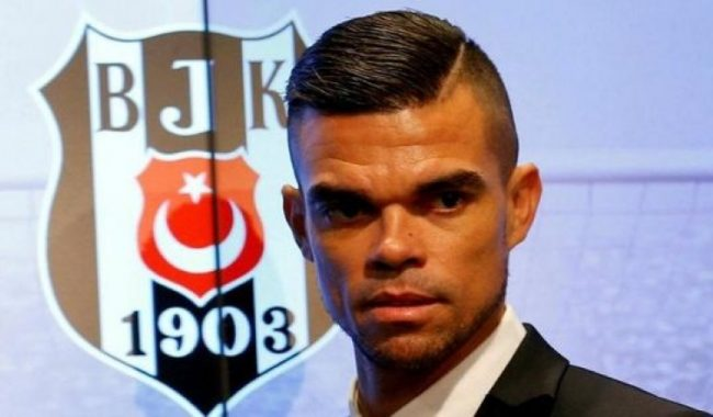 Pepe signs for Besiktas in 2017