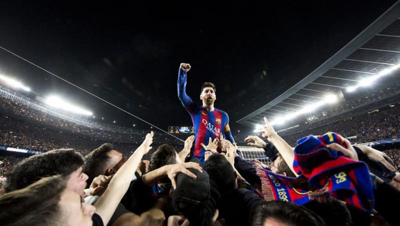 Lionel Messi celebrates Barcelona win