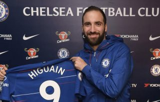 Gonzalo Higuaín signs for Chelsea in 2019